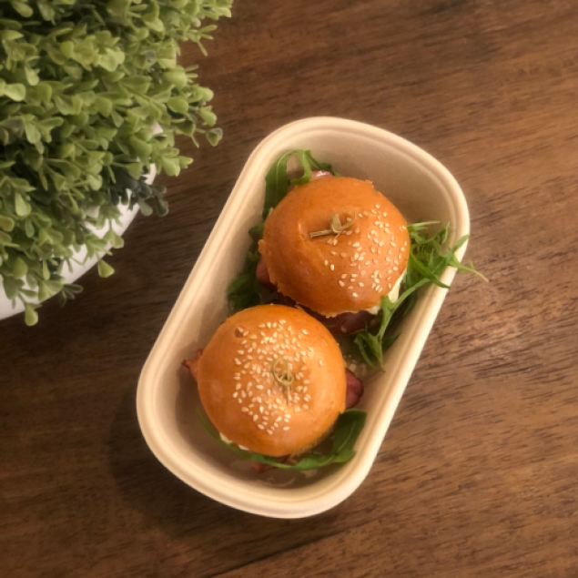 Egg & spinach sliders (2 per box)
